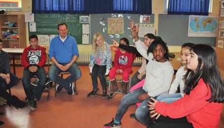 Dr. Eckart von Hirschhausen zu Besuch in einer Bremer Schule